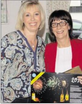 Sabine Zeidler, AsF Unterbezirksvorsitzende und Bürgermeisterin Margit Kirzinger (rechts)